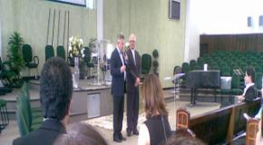 Prefeito de Joinville visita o treinamento, capacitação e credenciamento de pastores para visitação hospitalar