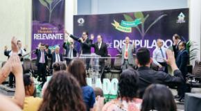 """""""A igreja precisa trabalhar além das quatro paredes"""", reforça o Pastor Arthur Bittencourt"""