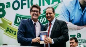 IEADJO lança revista Conhecendo o Amor de Deus em Grego e Francês