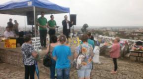 Ação evangelística realizada pela IEADJO no dia de Finados