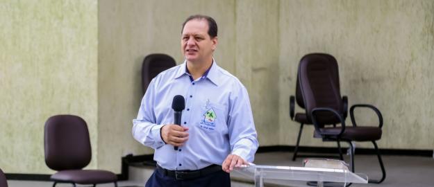 """""""É preciso nos dedicarmos ainda mais em oração"""", afirma Pastor Sérgio Melfior"""