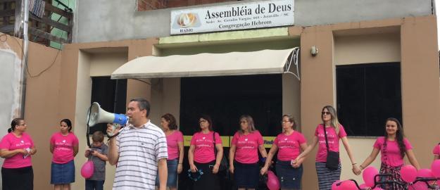 Caminhada Evangelística e Conscientizadora Marcam o Outubro Rosa no Estevão de Mattos