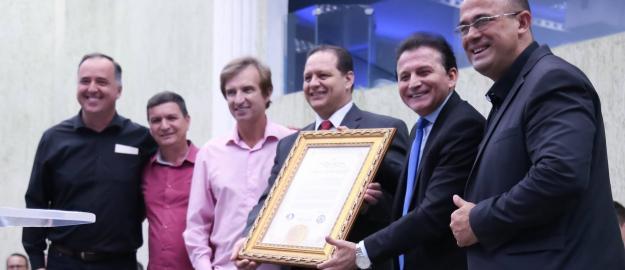 Pastor Sérgio Melfior é homenageado pela Câmara de Vereadores de Joinville