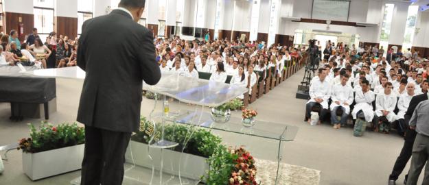 Primeiro Batismo de 2015 realizado na Sede da IEADJO